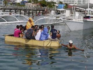 mini boat.jpg