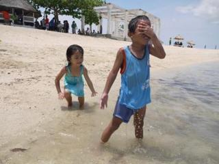 playin on the beach.maki.jpg